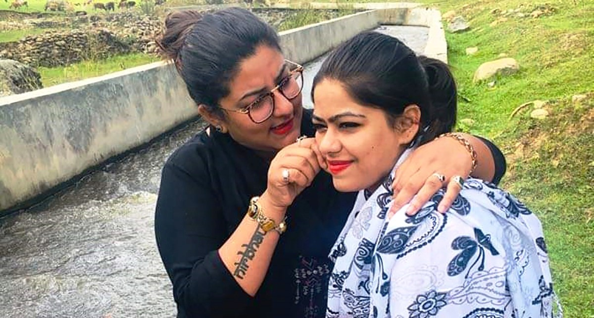 Sikh girl waits to give  kidney to Muslim friend